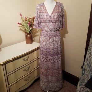 Lily Rose Sheer Short Sleeve Maxi Dress Size Med.